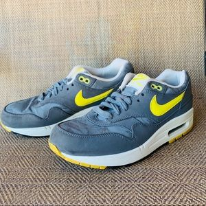 Nike Air Max 1 Cool Grey Sonic Yellow Running Shoe